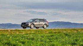 Subaru Outback Silver Edition (9)
