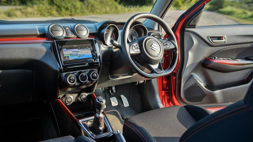 Suzuki Swift Sport 2020 (15)