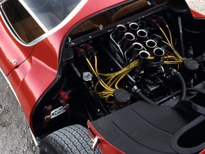 Alfa Romeo 33 Stradale motor