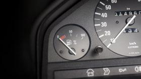 BMW 325iX Coupe Electric 7
