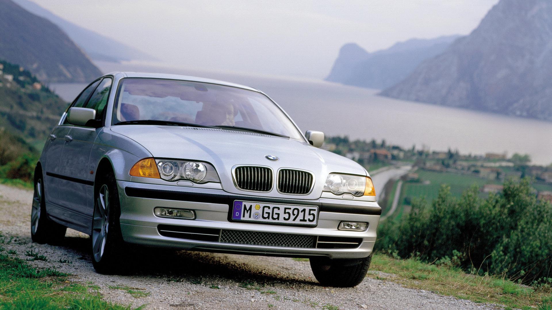 Coche del día: BMW 330i (E46)
