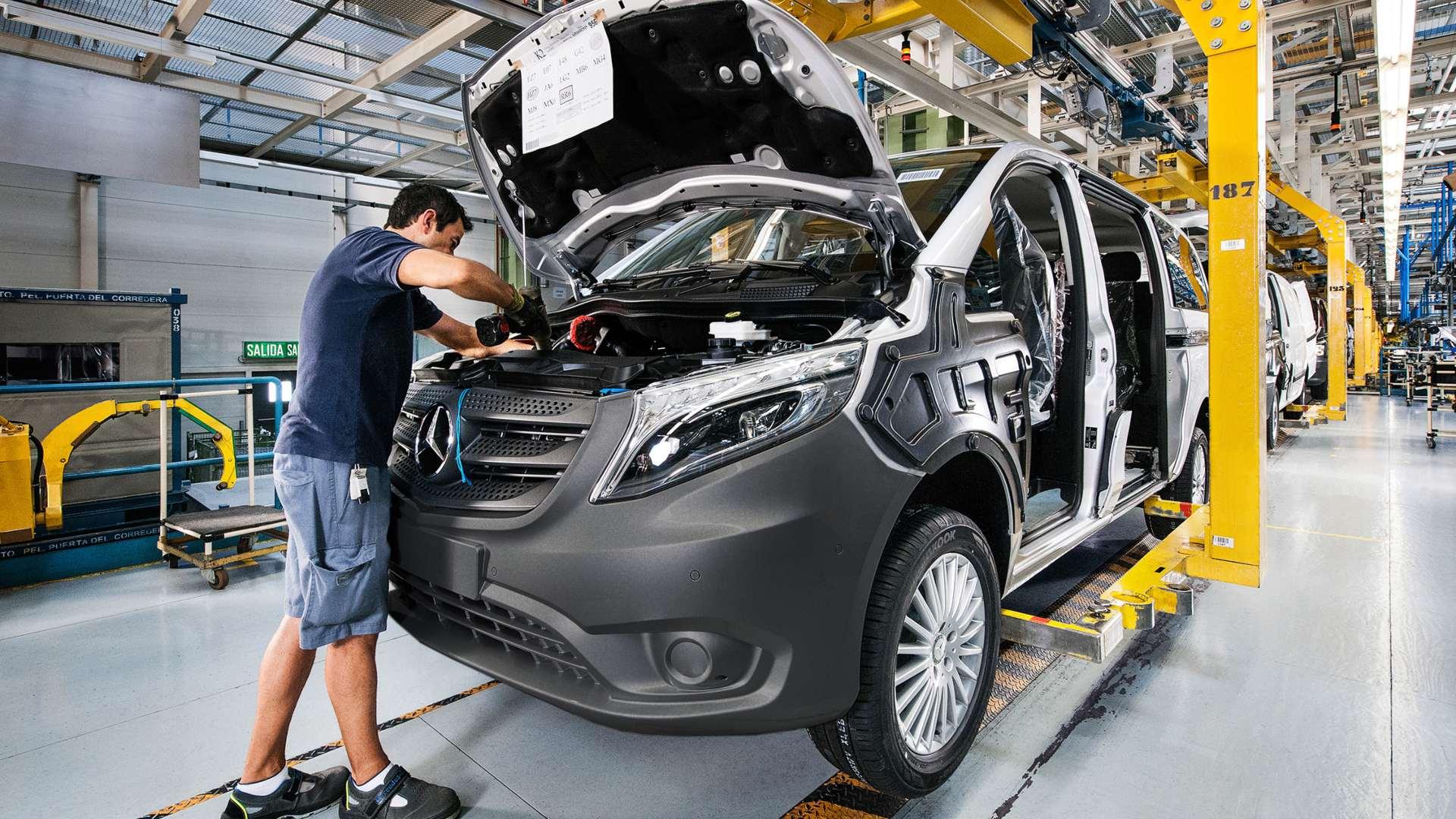 ¿Conoces la historia de la fábrica de furgonetas de Mercedes-Benz en Vitoria?
