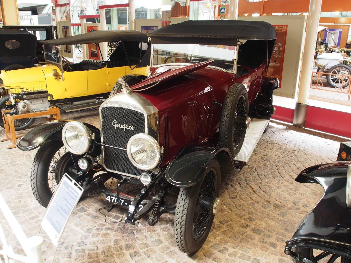 Coche del día: Peugeot Type 156