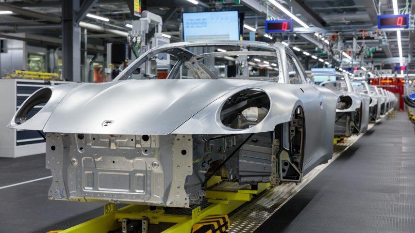 ¿Cómo se fabrica un automóvil de serie limitada?