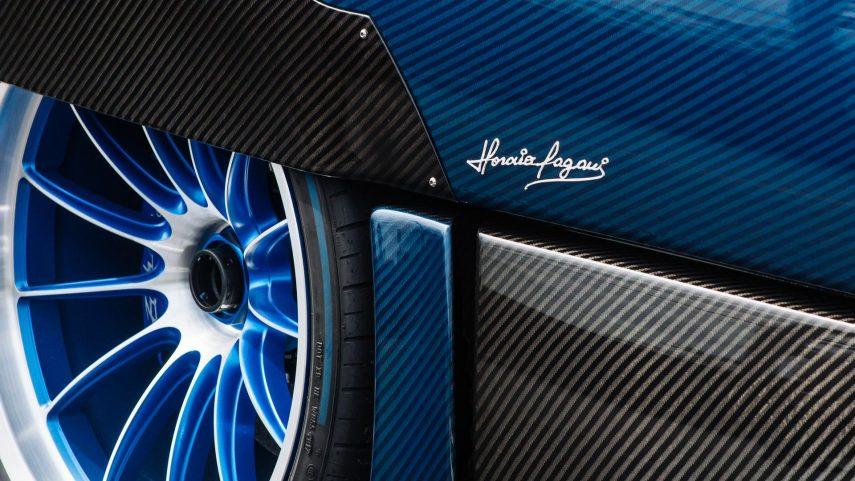 04 Pagani Huayra Roadster