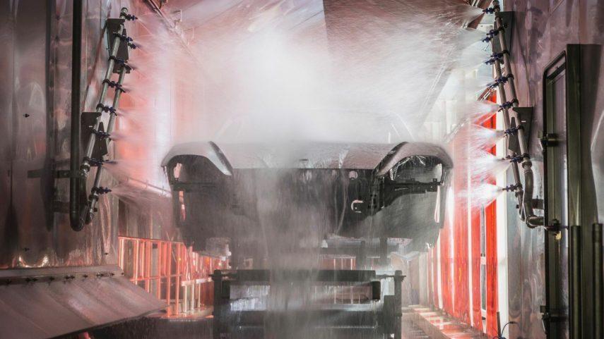 04 Porsche Taycan limpieza
