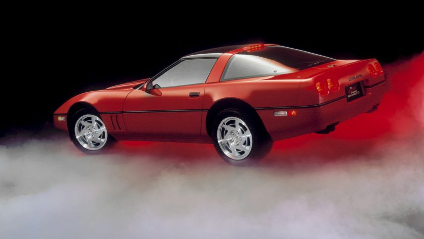 1990 Chevrolet Corvette Coupe ZR 1 3