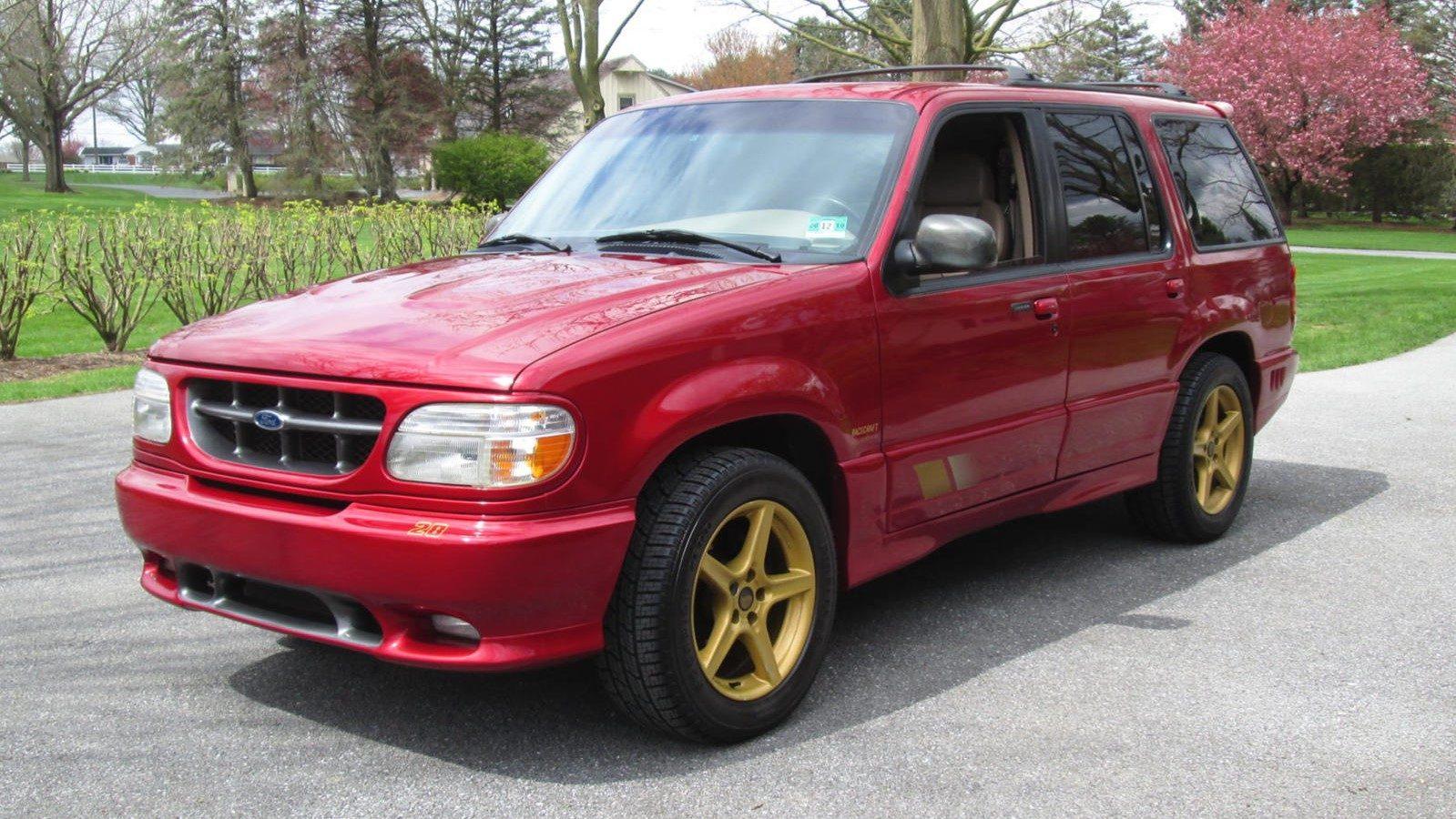 Ford Explorer Saleen XP8: un SUV de altas prestaciones, en los 90