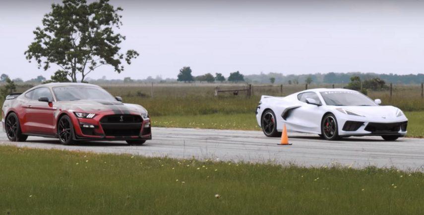 Los nuevos Corvette (C8) y Shelby GT500 se enfrentan en línea recta