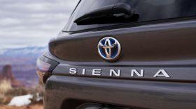 2021 Toyota Sienna 14
