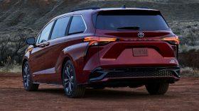 2021 Toyota Sienna 23