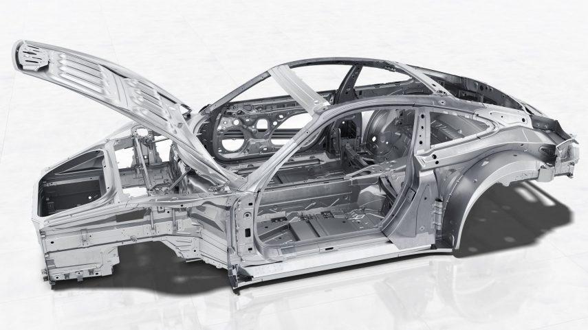 24 Porsche 991 carroceria
