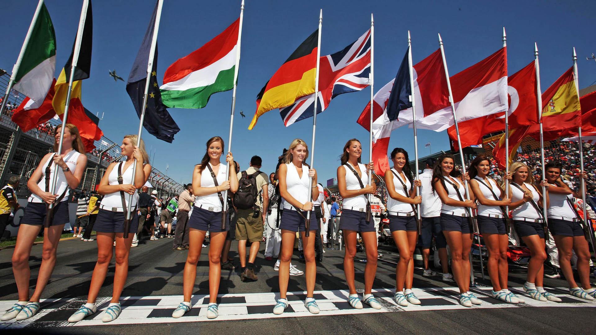 espíritu RACER, ahora en 12 idiomas