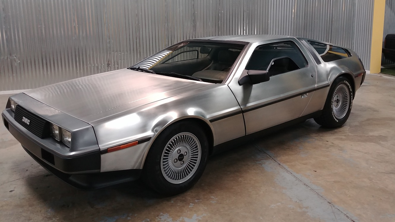 ¿Cuánto pagarías por los coches de Marty McFly?