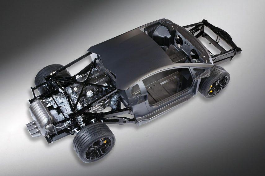 Lamborghini Aventador Coupe LP700 4 6
