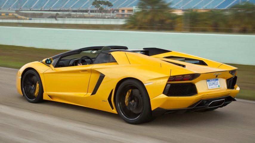 Lamborghini Aventador Roaster LP700 4 1