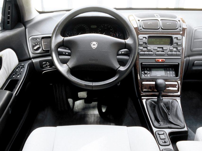 Lancia Kappa 1998 3