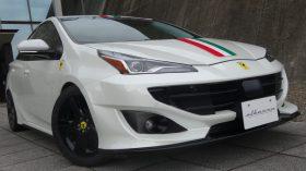 Toyota Prius Ferrari 16