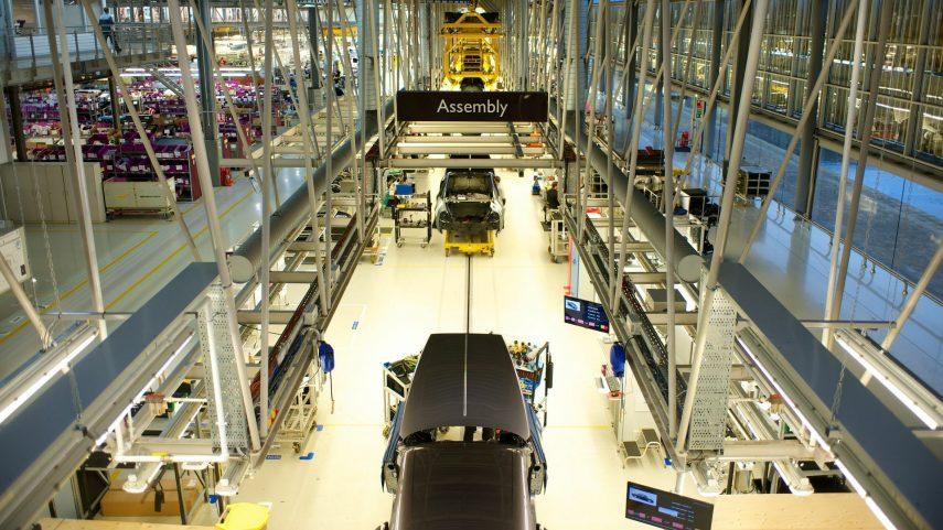 18 Rolls Royce linea ensamblado