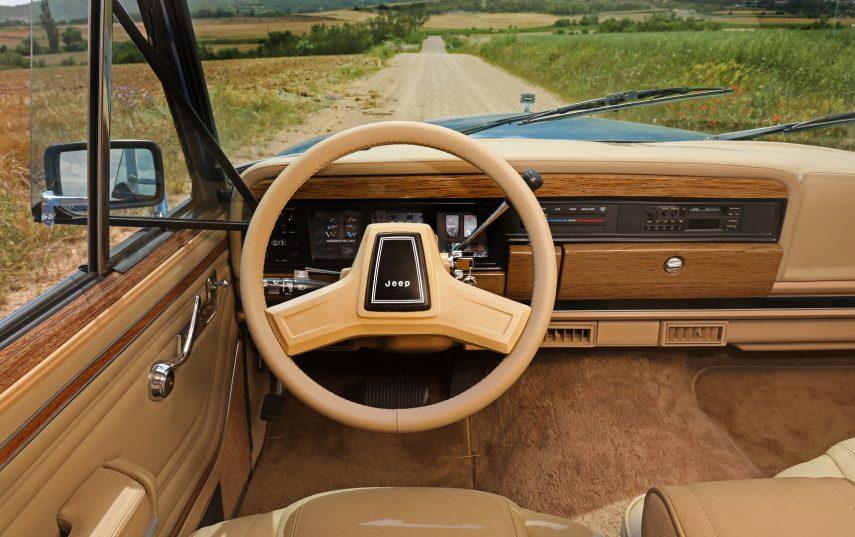 1991 Jeep Grand Wagoneer Last Edition