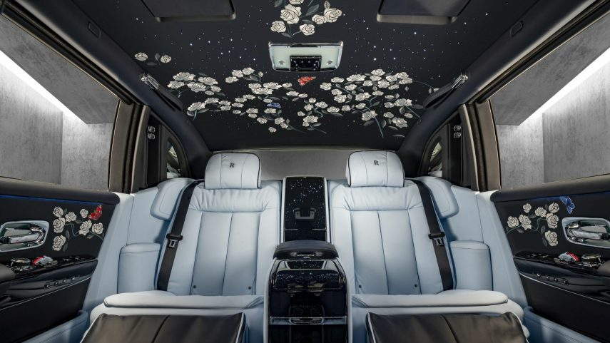 21 Rolls Royce interior