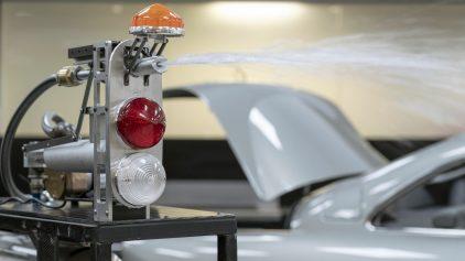 35 Aston Martin Goldfinger DB5 Oil Slick