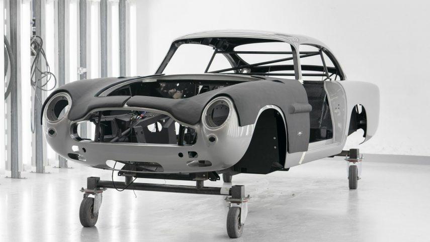 40 Aston Martin DB5 Goldfinger
