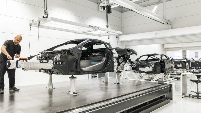 49 fabrica McLaren