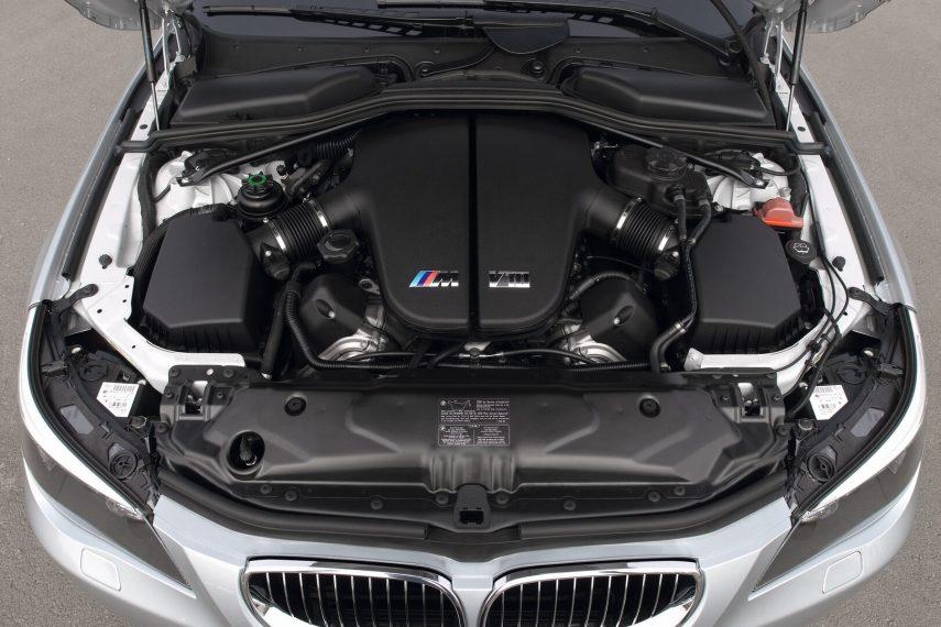 BMW M5 E60 5