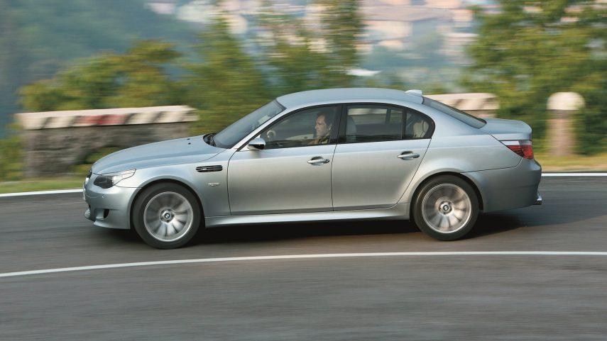 BMW M5 E60 8
