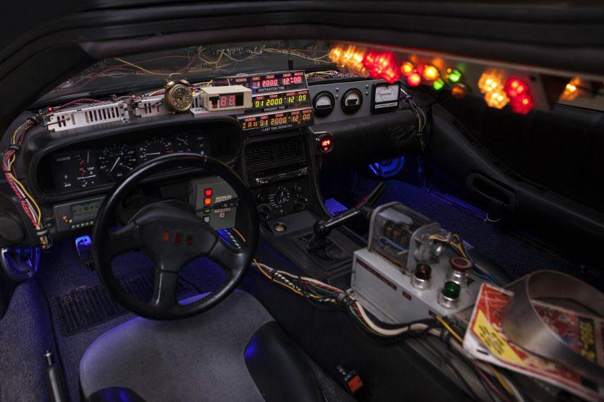 BTTF DeLorean DMC 12 3
