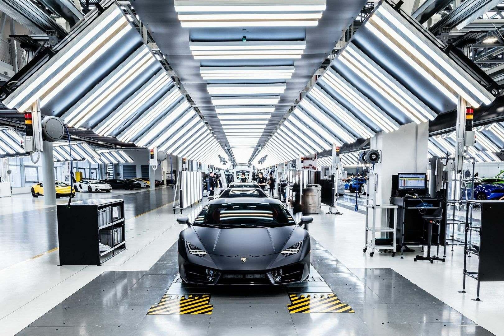 ¿Cómo se fabrica un automóvil de serie limitada? (IX)