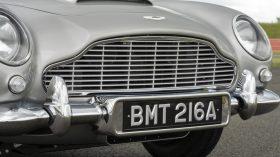 Aston Martin DB5 Goldfinger Continuation 2020 (15)