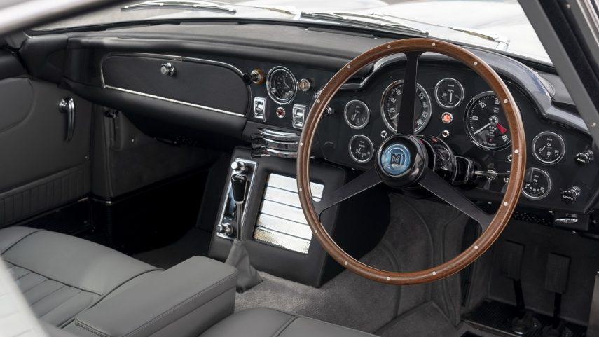 Aston Martin DB5 Goldfinger Continuation 2020 (32)