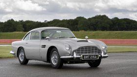 Aston Martin DB5 Goldfinger Continuation 2020 (5)
