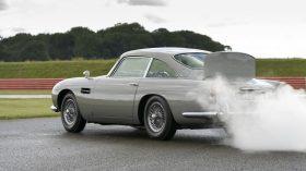 Aston Martin DB5 Goldfinger Continuation 2020 (9)