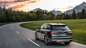 Audi SQ7 TFSI 10