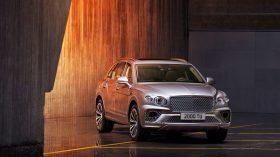 Bentley Bentayga 2020 23