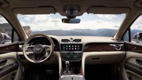 Bentley Bentayga 2020 26