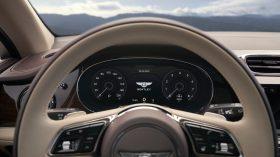 Bentley Bentayga 2020 27