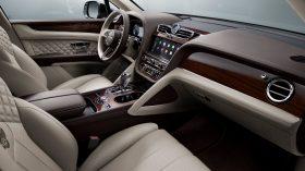 Bentley Bentayga 2020 29