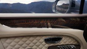 Bentley Bentayga 2020 31