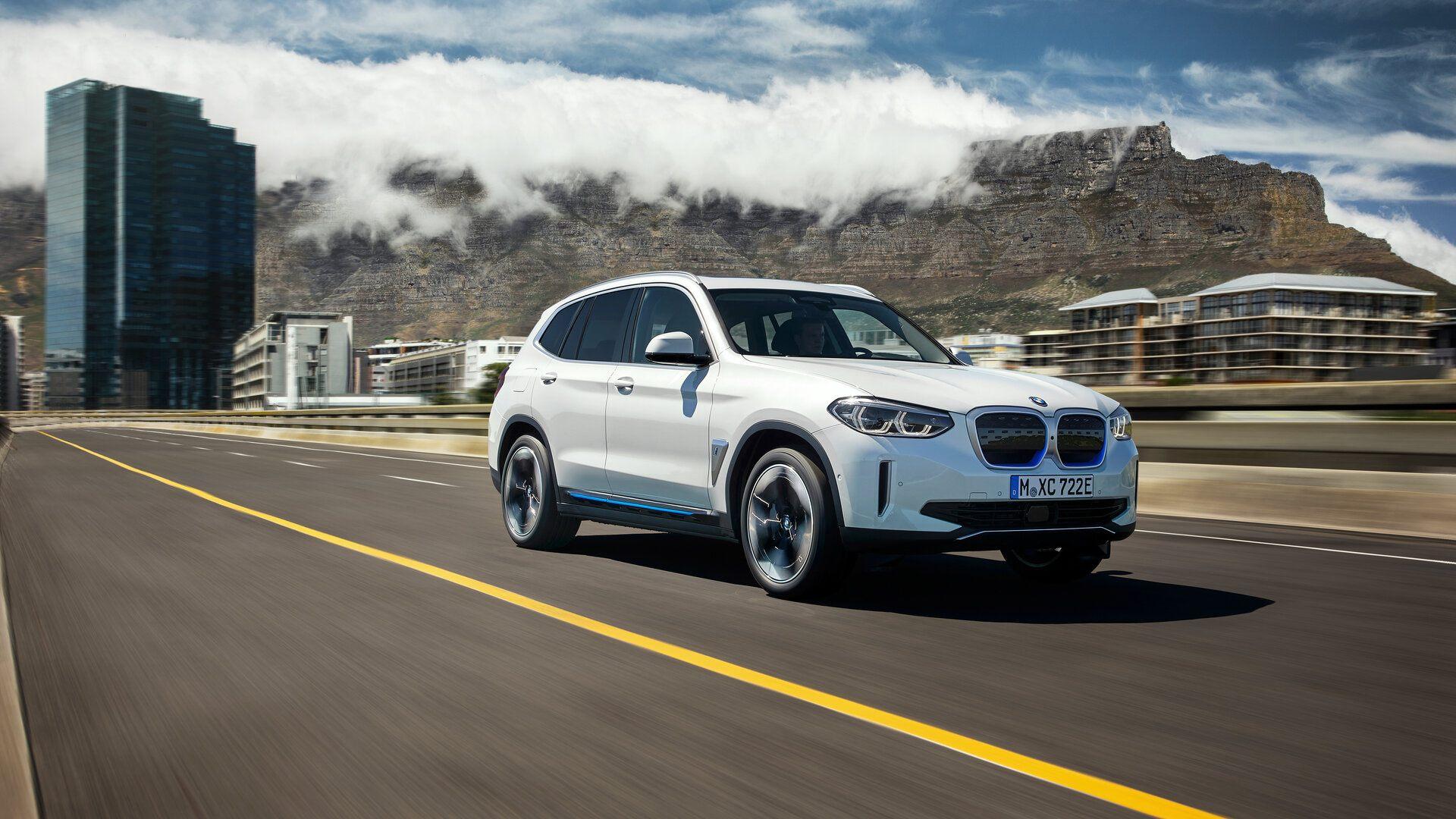BMW iX3 2021 10