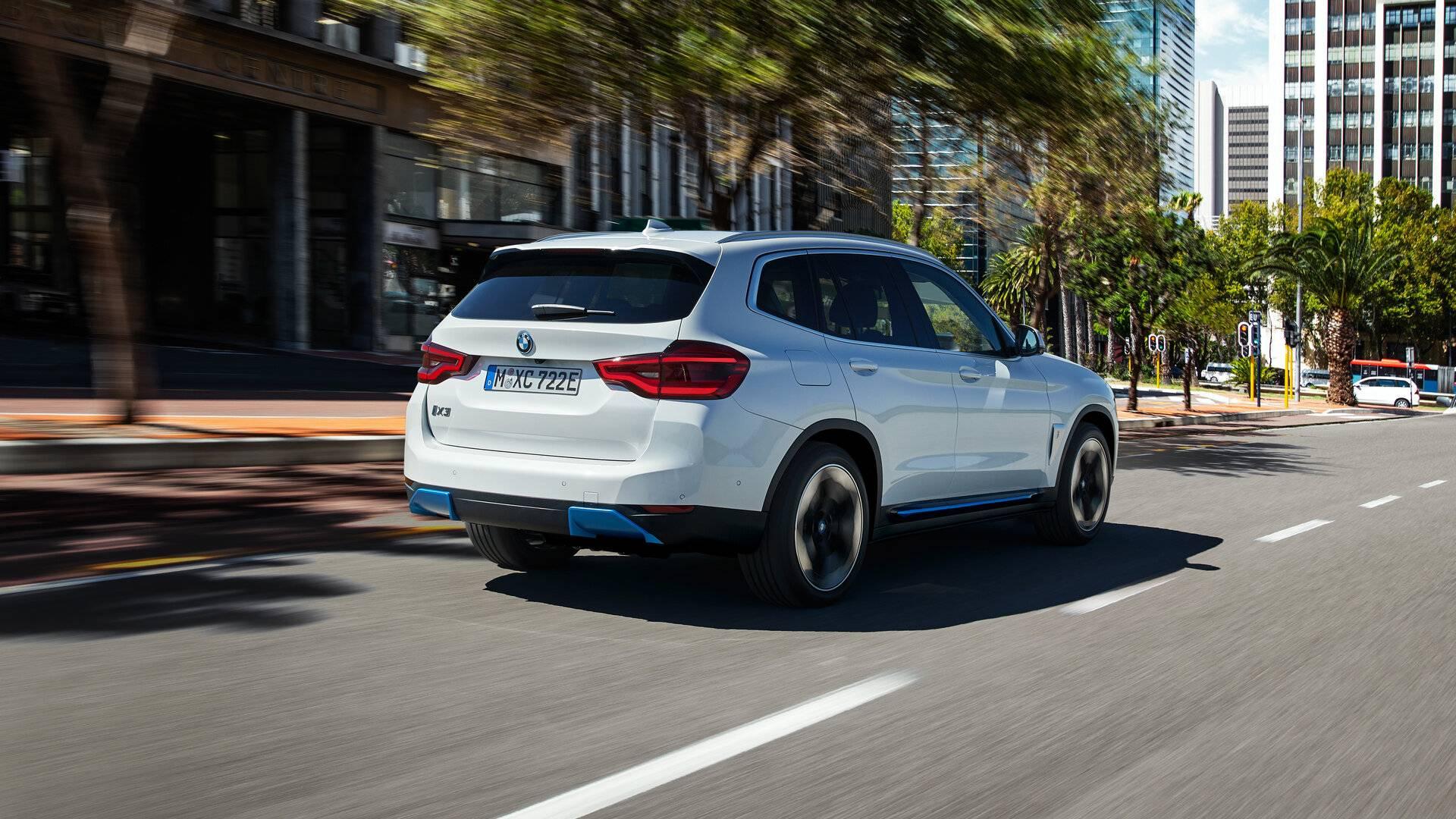 BMW iX3 2021 11