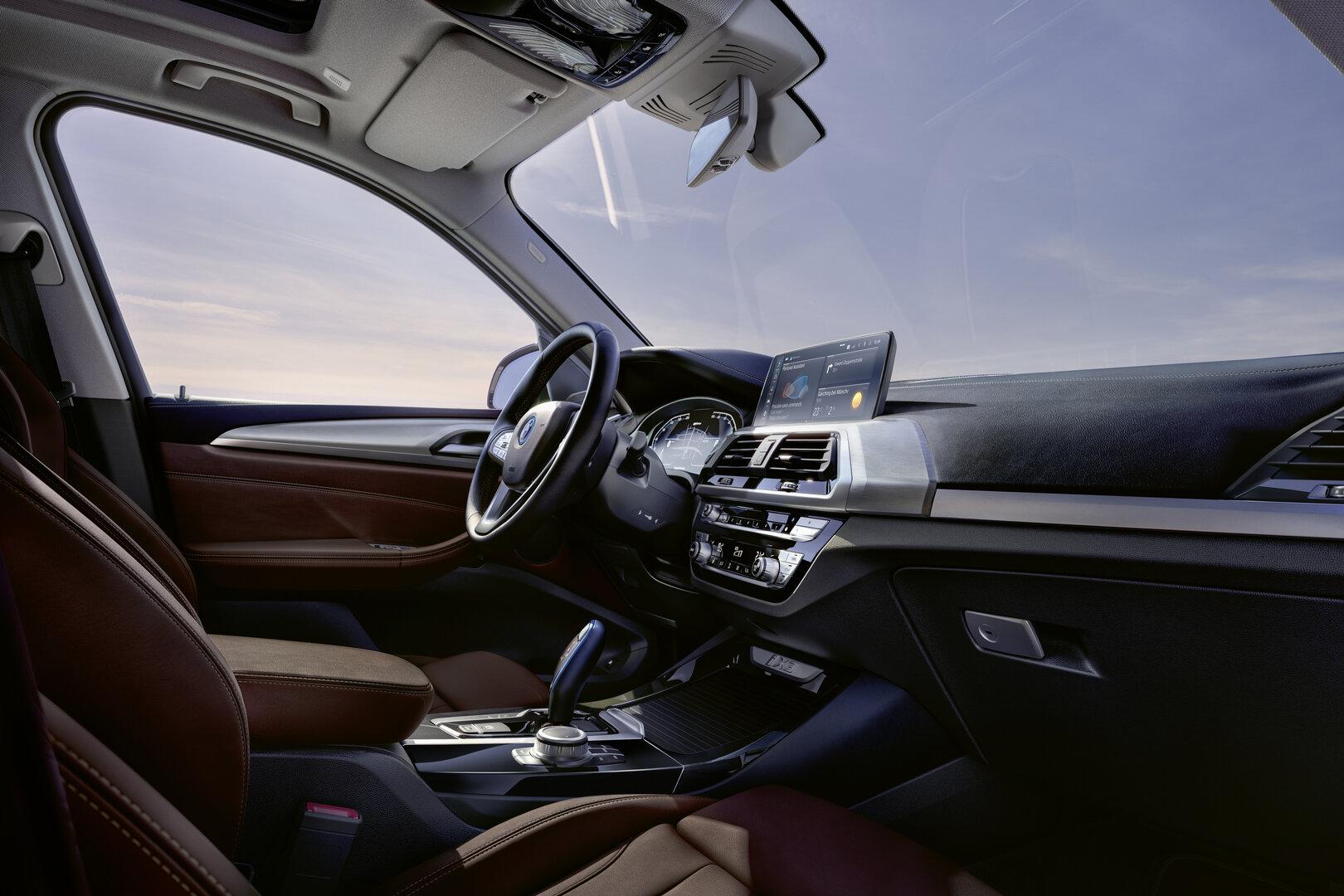 BMW iX3 2021 17