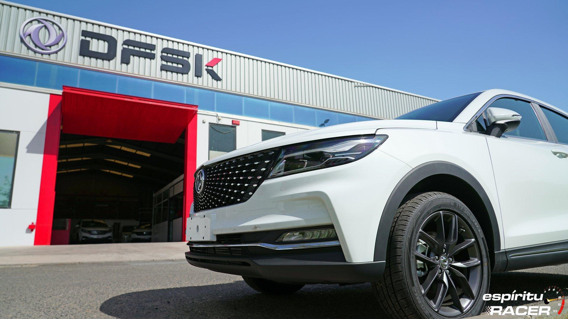 Visitamos las instalaciones de DFSK España y probamos sus vehículos