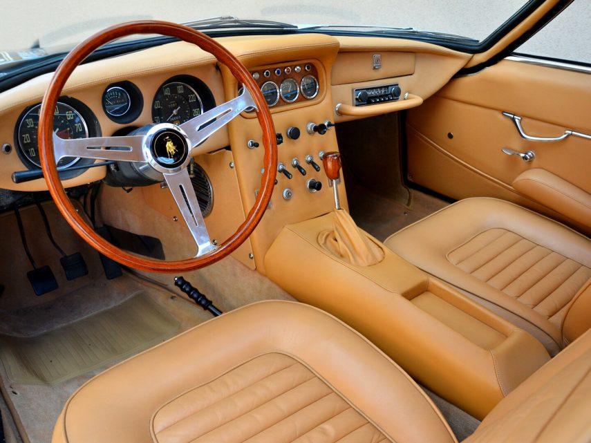 Lamborghini 400 GT 2+2 3