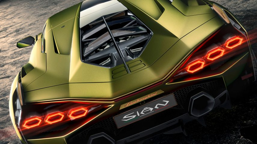 """Lamborghini nos muestra los """"materiales inteligentes"""" del Sián"""