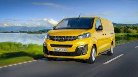 Opel Vivaro e 2020 02