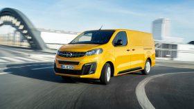 Opel Vivaro e 2020 03
